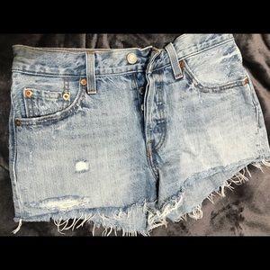 Levi's 501 lightwash denim shorts
